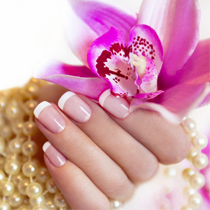 pink_white_nails